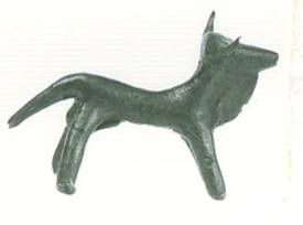 56 Br 6154 BRONZE FIGURINE OF BULL height: 0.04 m Length: 0.058 m