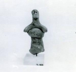 61 Tc 1958 TERRACOTTA FIGURINE OF CHARIOTEER height: 9.6 cm