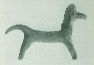 65 Tc 3013 CLAY HORSE third quarter of 8th century BC. Length: 14.2 cm Height: 9.4 cm