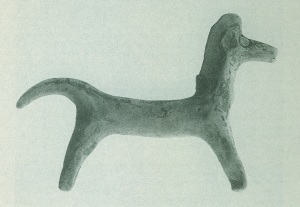 65 Tc 3013 CLAY HORSE third quarter of 8th century BC. Length: 14.2 cm Height: 9.4 cm