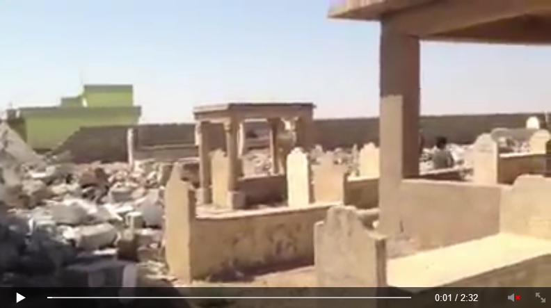 Yezidi shrine destroyed by IS terrorists. [Von den IS-Terroristen zerstörte êzîdîsche Pilgerstätte.] (c) Ezidi Press, Facebook, 31. August 2014 (a)