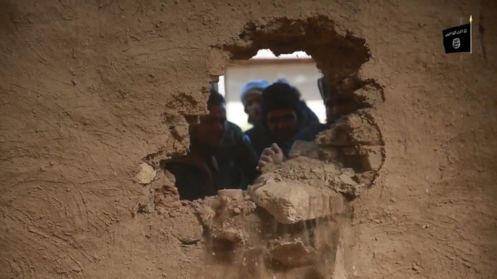 Islamic State attack on Nimrud (video release: 11th April 2015 - 00h03m29s)