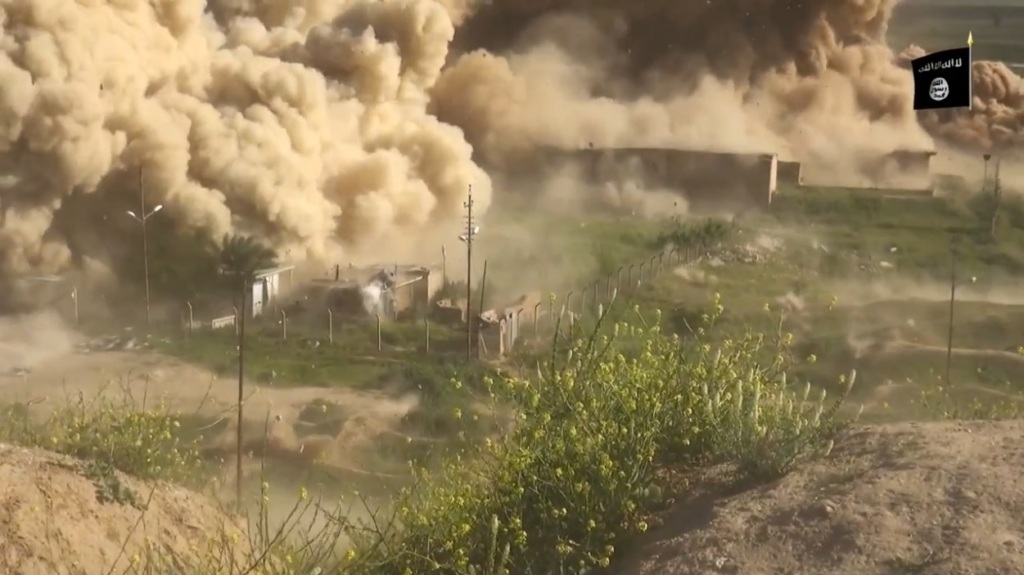 Islamic State attack on Nimrud (video release: 11th April 2015 - 00h06m25s)