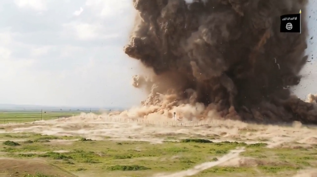 Islamic State attack on Nimrud (video release: 11th April 2015 - 00h06m29s)