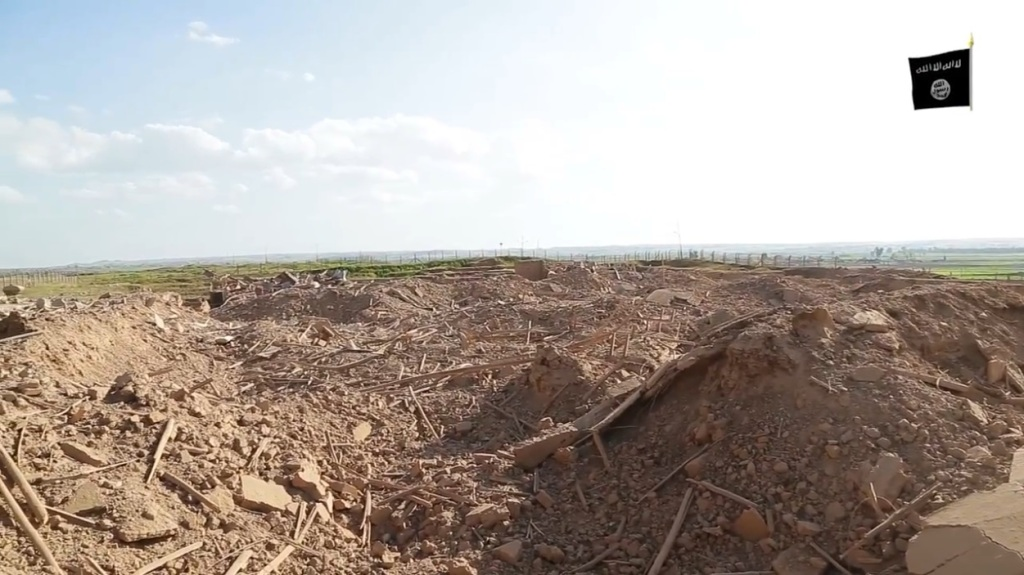 Islamic State attack on Nimrud (video release: 11th April 2015 - 00h06m56s)