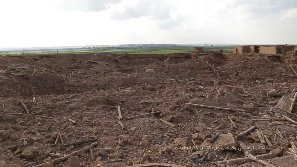 Islamic State attack on Nimrud (video release: 11th April 2015 - 00h07m01s)