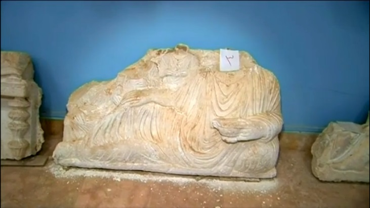 Palmyra antiquities under threat from Islamic State (c) Channel 4 News, 15th May 2015: 00h01m58s