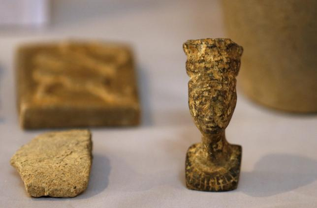 Recovered artifacts are seen at the National Museum of Iraq in Baghdad July 15, 2015 (c) Thaier al-Sudani, Reuters, 15th July 2015 a