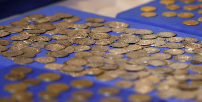 Recovered coins are seen at the National Museum of Iraq in Baghdad July 15, 2015 (c) Thaier al-Sudani, Reuters, 15th July 2015 d